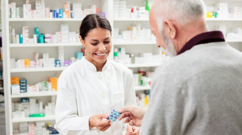 6 Best Pharmacy Schools in Illinois in 2020   Requirements, Cost