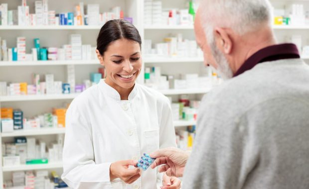 6 Best Pharmacy Schools in Illinois in 2020 | Requirements, Cost