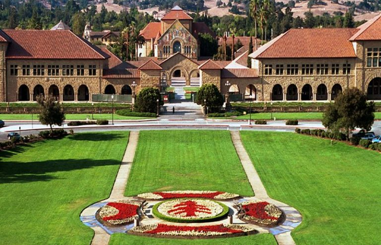 Knight-Hennessey Scholars Programs for International Students/Stanford University 2021
